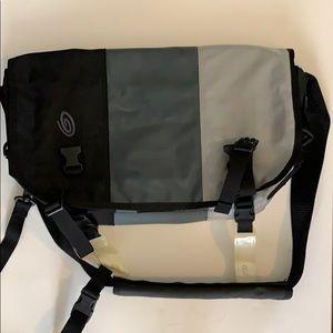 Timbuk2 messenger bag EUC